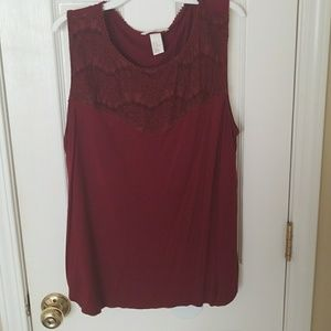 H&M burgundy lace top